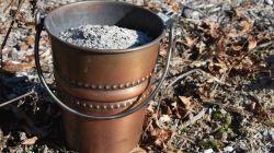 Древесная зола: как применять природное удобрение