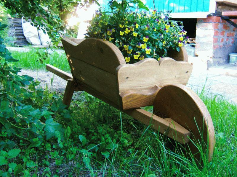 Как сделать декоративную телегу или тачку для сада своими руками