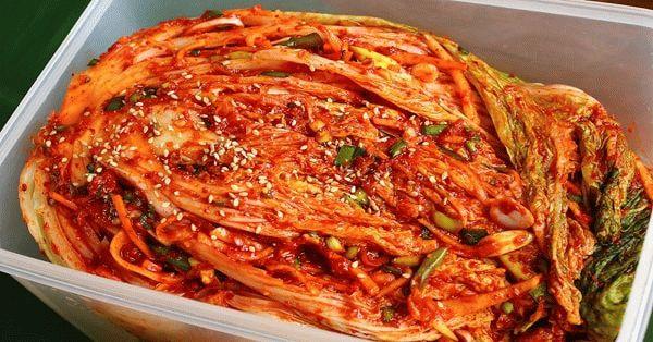 Корейское блюдо кимчи