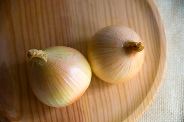 две луковицы